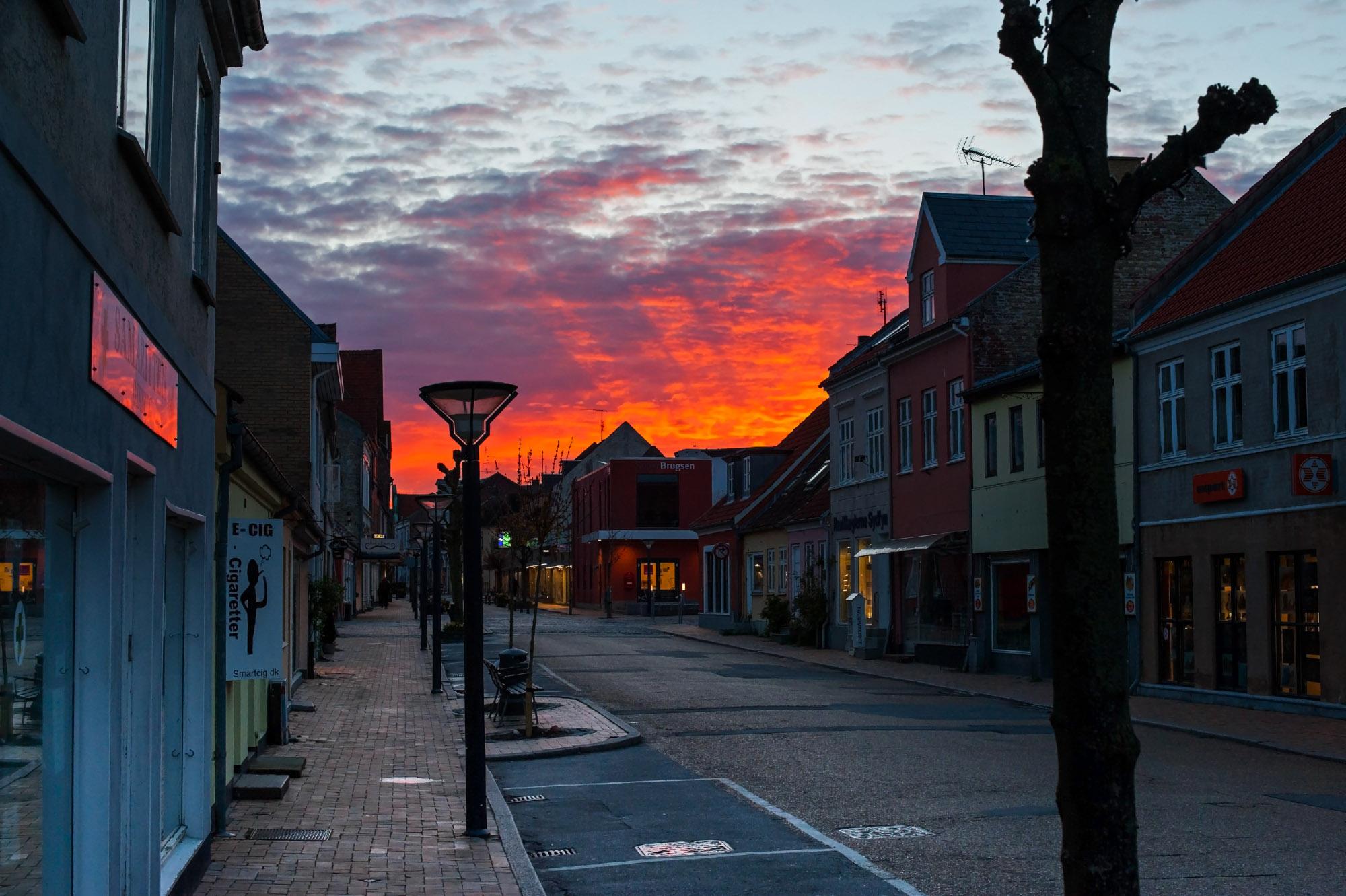 Rudkøbing Handelstandsforening - Solnedgang over byen